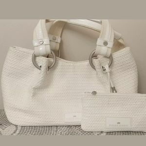Elaine Turner White Hand Bag & Chain Purse